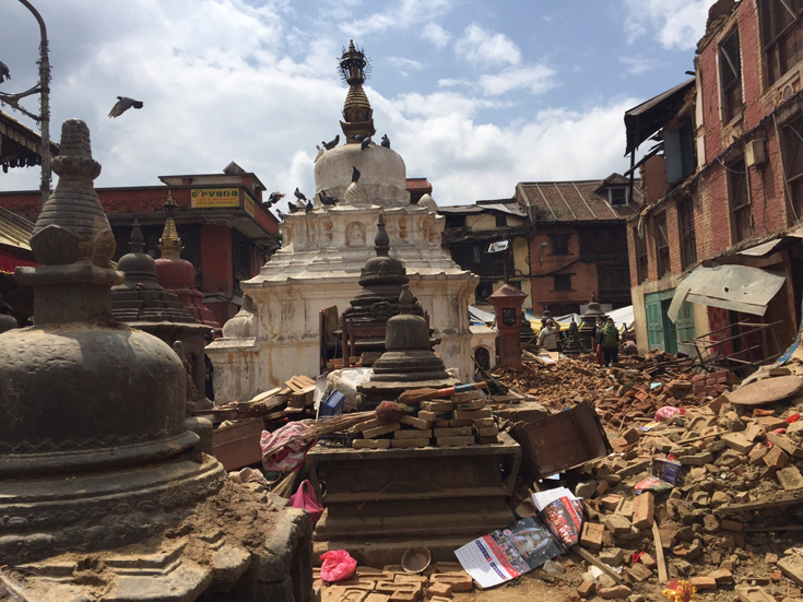 Rubble strewn around a shrine within the temple complex. (Photo: Taufex Khamid)